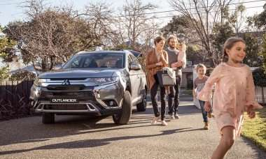 MITSUBISHI PAJERO: THE EVOLUTION